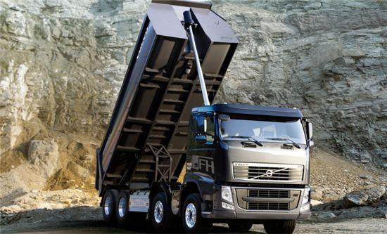 볼보트럭, 700마력 최강 트럭 '뉴FH16' 출시