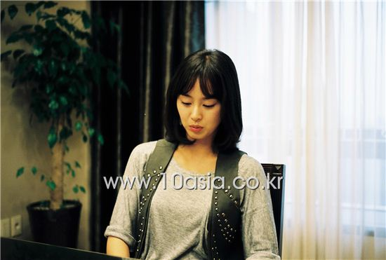Kim Tae-hee [Beck Una/10Asia]