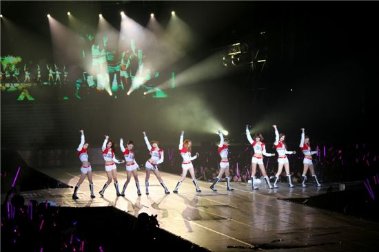 Korean girl group Girls' Generation at their first solo concert in Taiwan. [SM Entertainment]