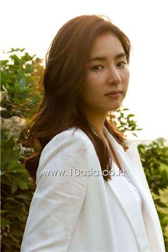 Actress Sin Se-gyeong [10Asia]