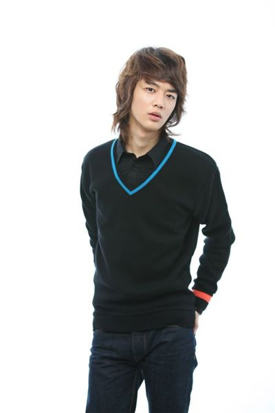Minho from boy band SHINee [Zoom Agency]
