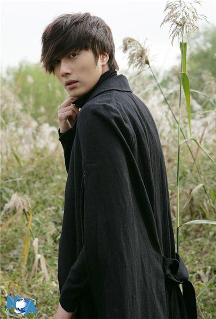 Korean actor Jung Il-woo [N.O.A. Entertainment]