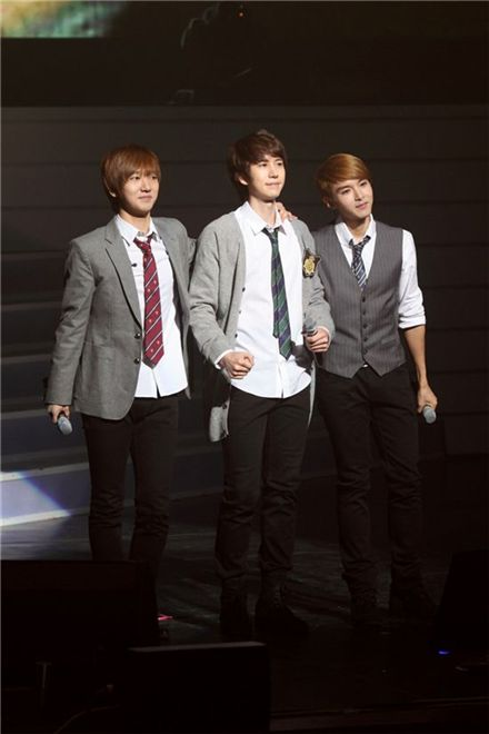 Super Junior- K.R.Y. members at their first concert in Seoul, South Korea on February 13, 2010. [SM Entertainment]