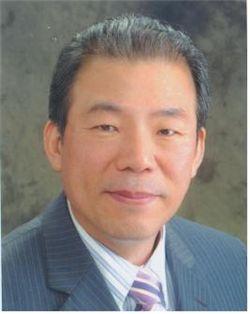 엄종희 한의사협회 명예회장 국민훈장 동백장 수훈