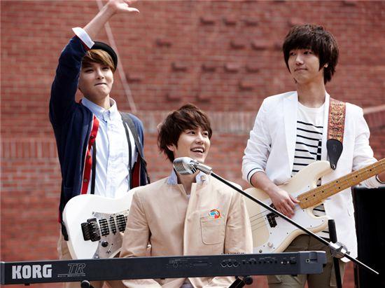 Super Junior K.R.Y Ryewook, Kyuhyun and Yesung [Mnet]