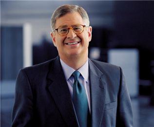 IBM 영업사원에서 CEO로..새뮤얼 팔미사노
