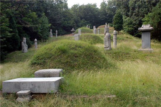 정선옹주 묘역