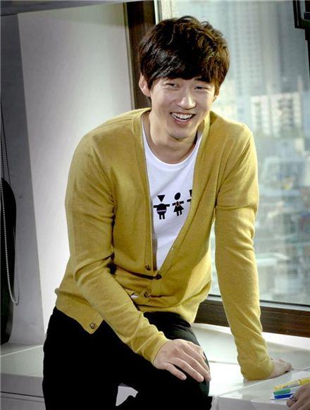 """Yoon Kye-sang in MBC series """"Triple"""" (2009) [MBC]"""