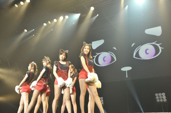 T-ara performs at their showcase held at the Shibuya-AX concert hall in Tokyo, Japan on July 5, 2011. [Core Contents Media]