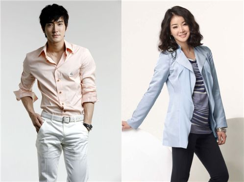 Choi Si-won (left) and Lee Si-young [SM Entertainment / GNG Production]