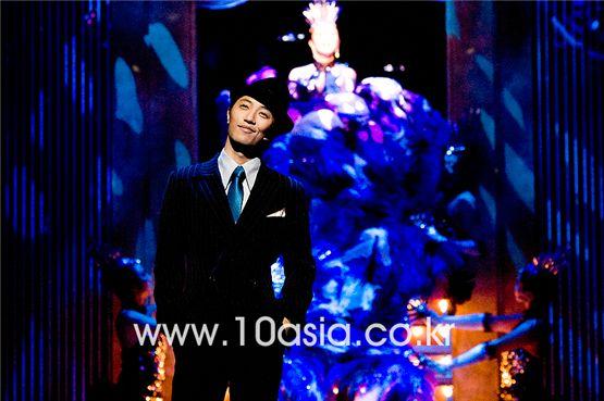 Jin Goo [Lee Jin-hyuk/10Asia]