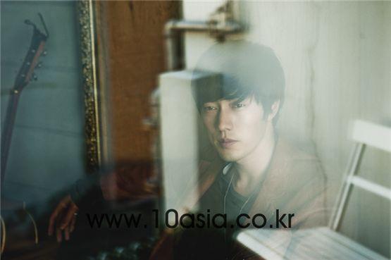 Actor So Ji-sub [Chae Ki-won/10Asia]