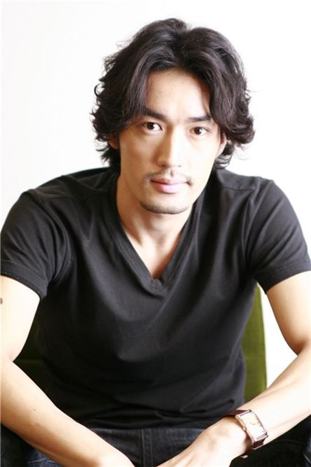Japanese actor Otani Ryohei [Eyagi Entertainment]