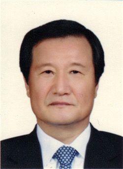 윤증현 전 기획재정부 장관