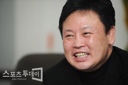 """[피플+]홍수환·유명우 """"한국 권투 회생 불가능 아냐""""(인터뷰)"""