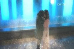 "A capture scene from SBS' ""Love Rain"" ninth episode [SBS]"