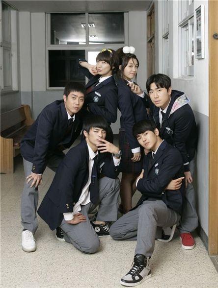 "Cast members of ""Respond 1997"" (tentative title) [tvN]"