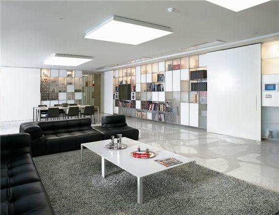 해외 유명디자이너 장누벨이 디자인한 갤러리아포레 100평형 거실