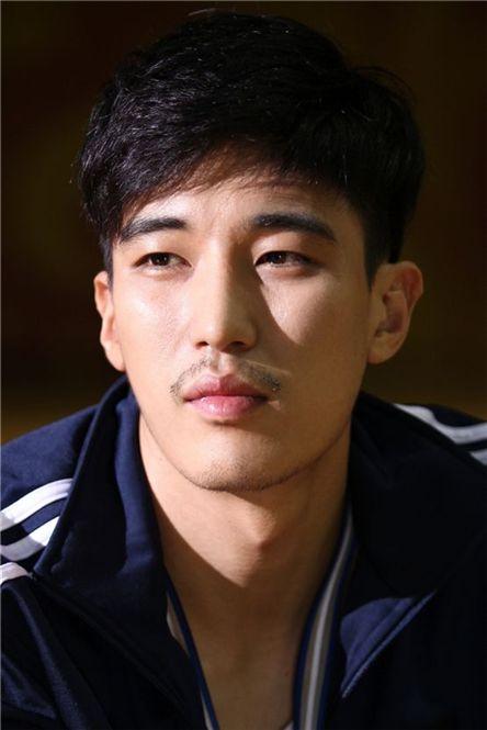 Kang Kyung-jun [3HW]