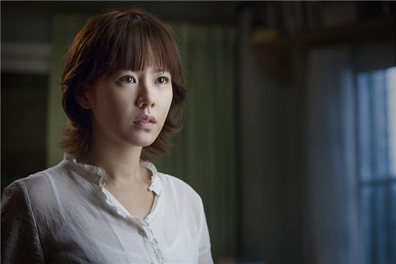 "Korean actress Son Ye-jin poses in a still-shot from ""Blood Ties"" [tentative title] set to hit local theaters in the first half of 2013. [CJ Entertainment]"