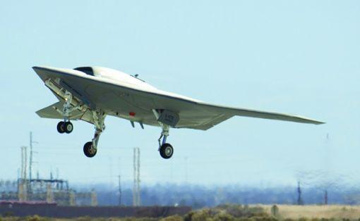 노드롭그루먼사의 X-47B