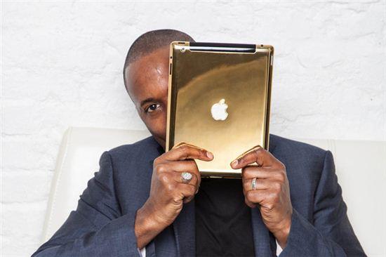애플 '황금 제작' 럭셔리 아이패드 에어 등장   - 아시아경제