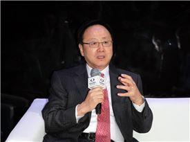 """[2014베이징모터쇼]이유일 """"글로벌 프리미엄급 SUV 개발"""" - 아시아경제"""