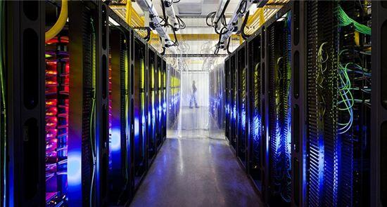 """방통위, 구글 본사 방문 """"불법 수집 개인정보 파기""""  - 아시아경제"""