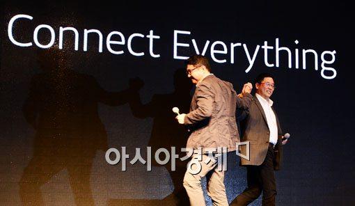 포털도 카톡에 무릎 꿇다…PC 권력 밀어낸 모바일 소비자 - 아시아경제