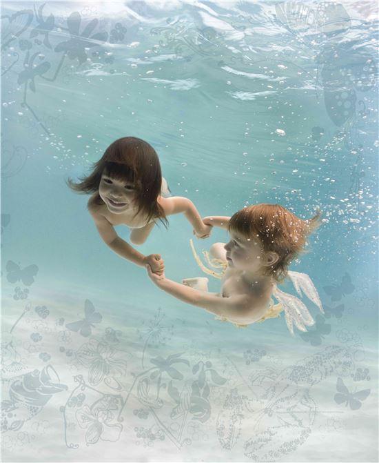 제나 할러웨이, '만남', '물의 아이들' 시리즈, 2005~2007년 작 중 일부.