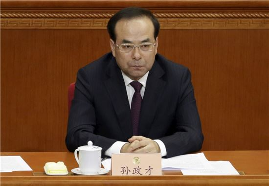 전방위 뻗는 시진핑 사정 칼날…'부패 호랑이' 줄줄이 낙마
