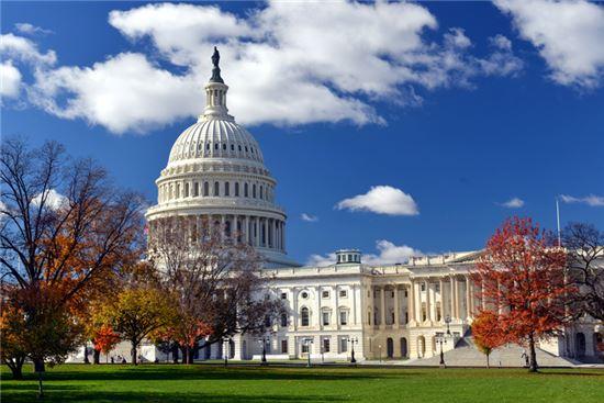 리저널센터 미국투자이민(EB-5) 프로그램 연장안을 포함한 임시 예산결의안이 28일(현지시각) 미국 상, 하원을 모두 통과됐다.