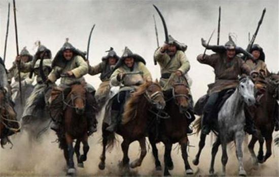 몽골기병 모습. 유목민들이 사는 스텝지역은 곡물 생산량이 적어 미숫가루는 13세기 이후 점령된 중국이나 고려와 교역이 확대된 이후 전파된 것으로 알려져있다.(사진=영화 '몽골' 장면 중 캡쳐)