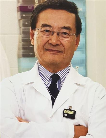 강칠용 캐나다 웨스턴온타리오대 의과대학 미생물학·면역학 교수