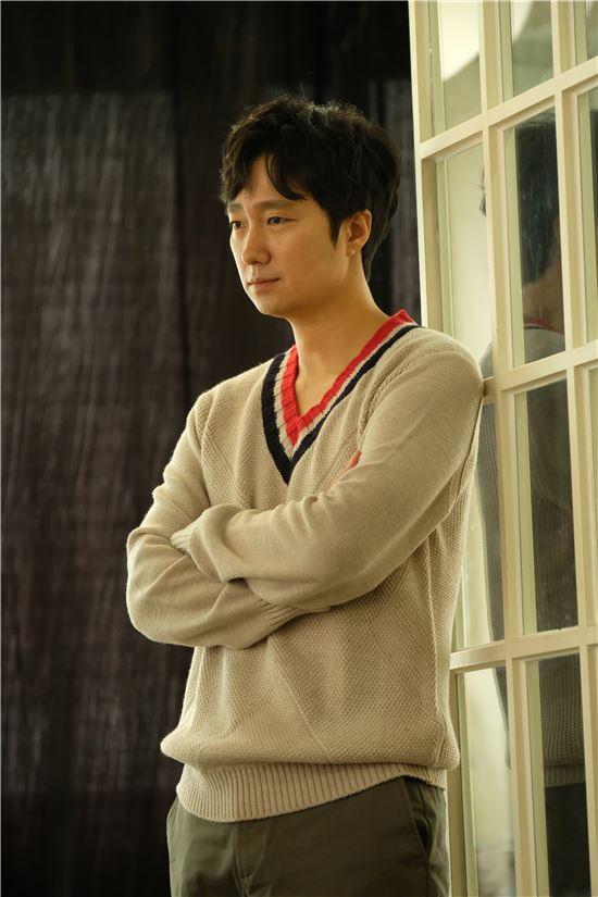 배우 박해일