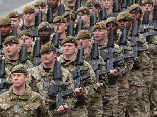 포클랜드 36년 후…정원미달 영국 육군의 '파격 신병모집'(영상)