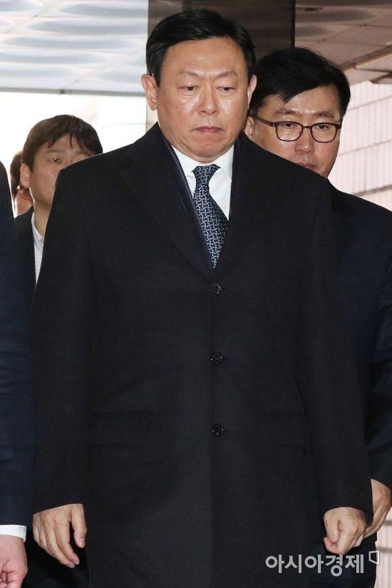 [신동빈 구속]63번째 생일 감옥에서 '야속한 운명'…평창 올림픽 홍보도 날벼락