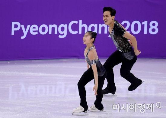 [포토] 평창올림픽 출전한 렴대옥-김주식