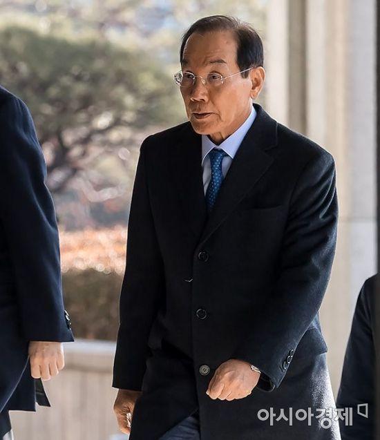 [포토] 전 삼성 부회장 이학수 검찰 출석