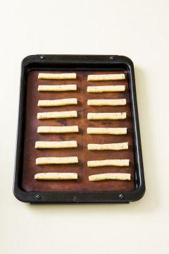 5. 180℃의 오븐에서 10~13분 정도 굽는다.