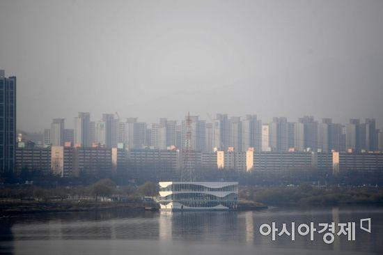 """[재건축 폭탄 터졌다]강남 충격… 서울시 """"그래도 받아낸다"""""""