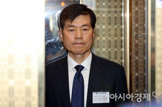 [포토] 입술 깨무는 김태한 삼성바이오로직스 사장