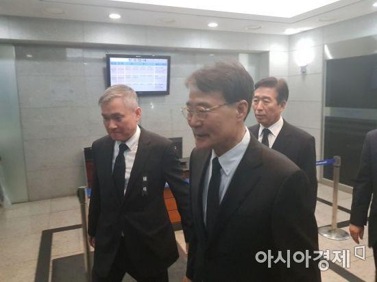 """비공개 가족장에도 조문객 잇따라…LG 직원들 """"자랑스러웠던 오너"""""""