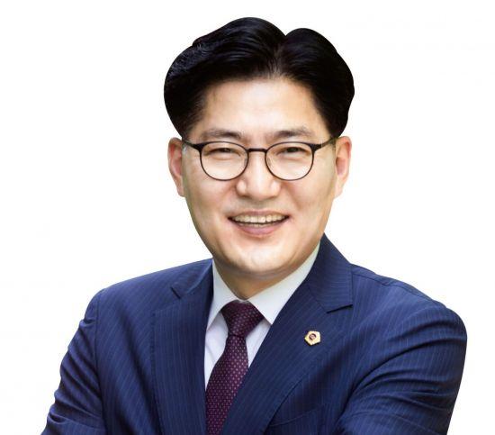 """이정훈 강동구청장 당선자 """"부패와 절대 타협 않겠다"""""""