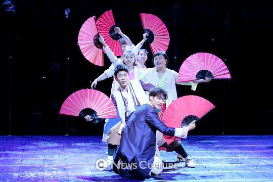 ▲ 뮤지컬 '판'(연출 변정주) 공연장면 모습.   ©이지은 기자