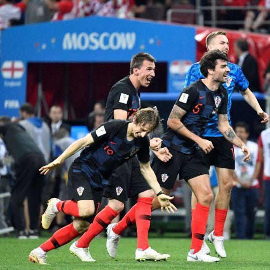 11일(현지시간) 러시아 모스크바 루즈니키 스타디움에서 2018 러시아 월드컵 준결승전 크로아티아-잉글랜드전이 종료되자 승리한 크로아티아 선수들이 기쁨을 감추지 못하고 있다. 사진=연합뉴스