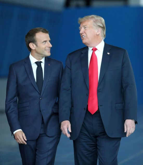 에마뉘엘 마크롱 프랑스 대통령(왼쪽)과 도널드 트럼프 미국 대통령 [이미지출처=로이터연합뉴스]