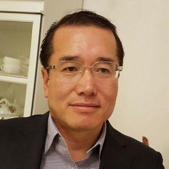 저자 김철수.