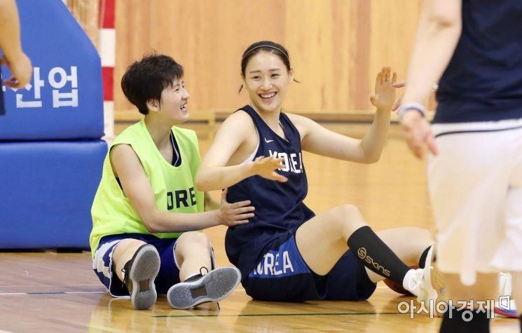 함께 훈련하고 올림픽 도전도 '같이'…체육은 이미 남북통일 - 아시아경제