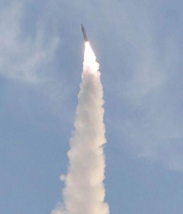 中, 음속의 6배 속도로 핵미사일 운반…극초음속 비행체 실험 성공